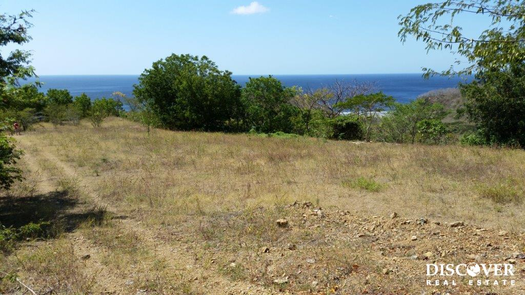 Lot with Panoramic Views on Playa Coco