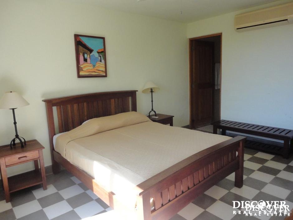 Beautiful 2 story Villa in a Private Resort in San Juan del Sur