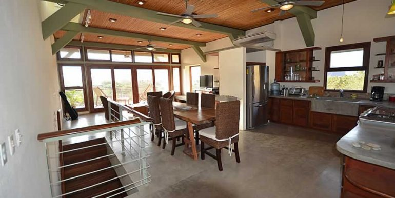 talanguera_townhomes_kitchen_dining_living