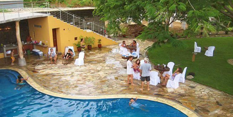 talanguera_townhomes_pool_grotto_fiesta