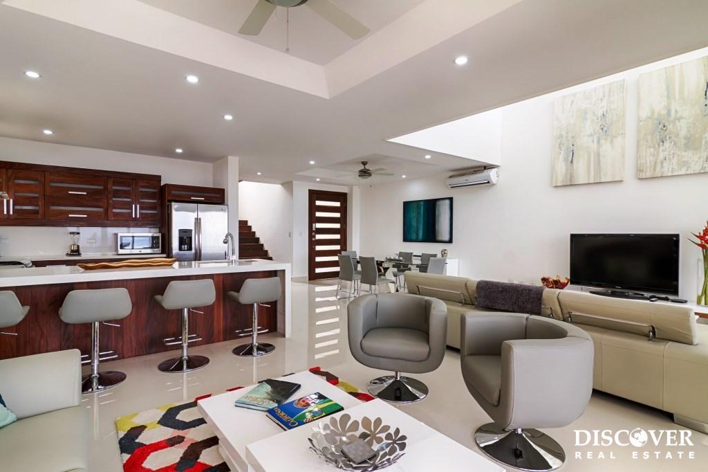 Malibu Luxury Residence in Pacific Marlin