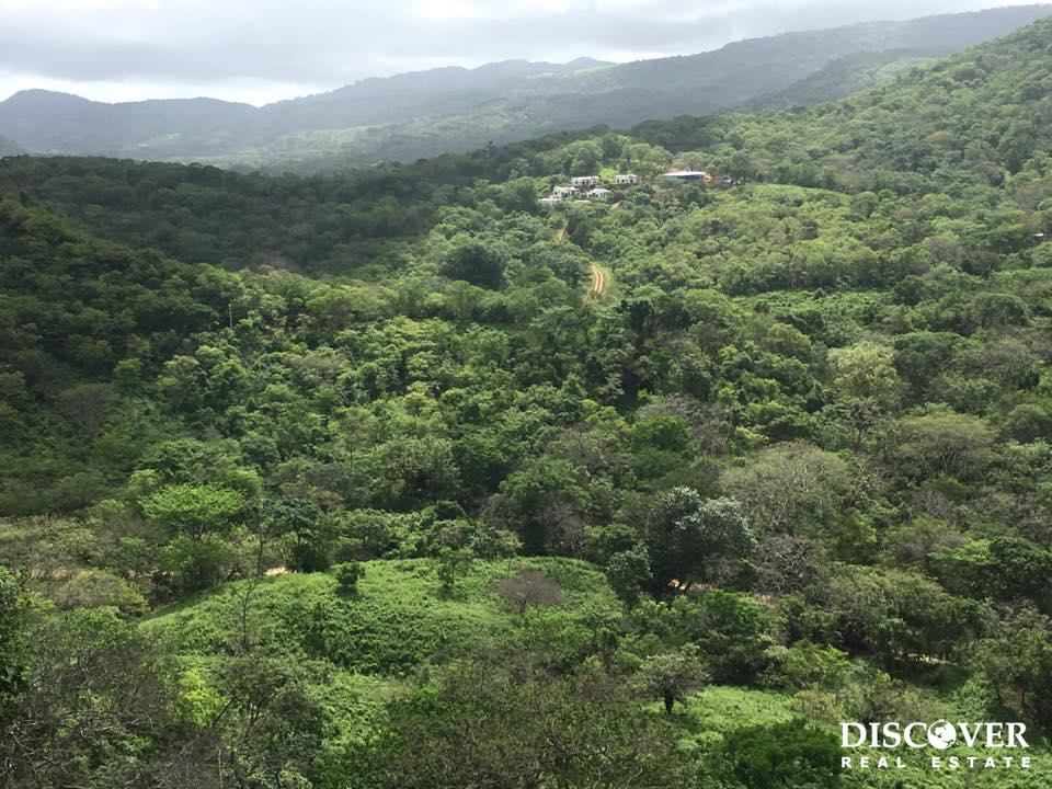 6.8 Acres of Lush Green Property in the Hills of Playa Remanso