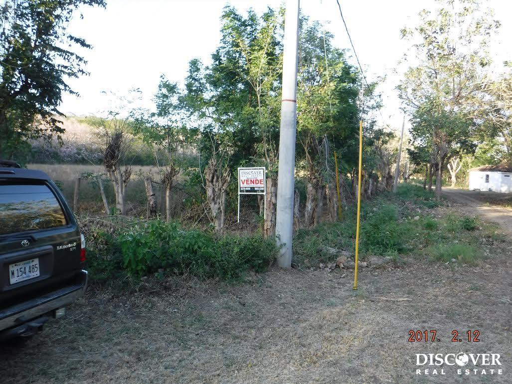 Large 3.4 Manzana Property next to Bosques del Mar
