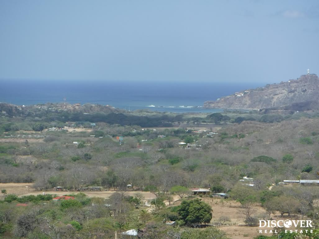 Two adjacent lots with SJDS Bay and Costa Rica views, less than 4km to town center