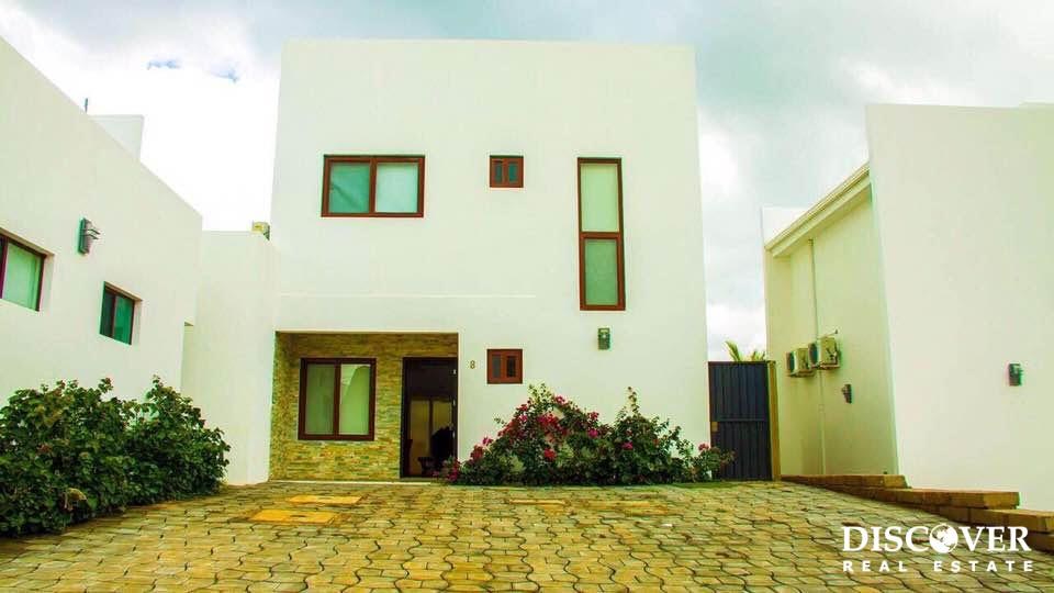 3 Bedroom House in Miramar Hills<span class=
