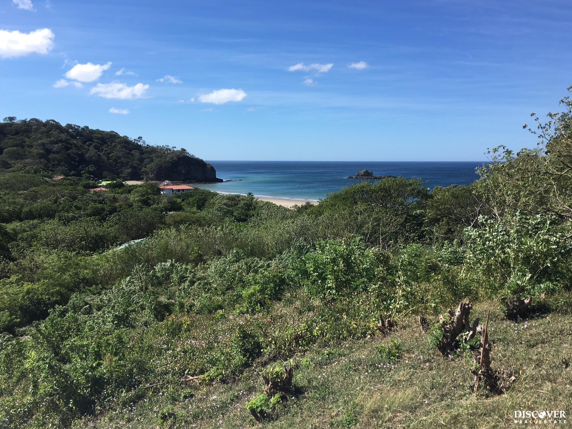 Huge lot in Playa Marsella with ocean view