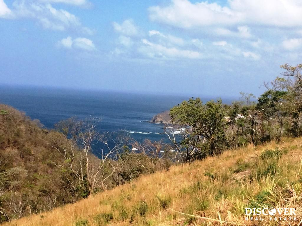 Lot 11 in Paradise Bay with views from Costa Rica to San Juan del Sur