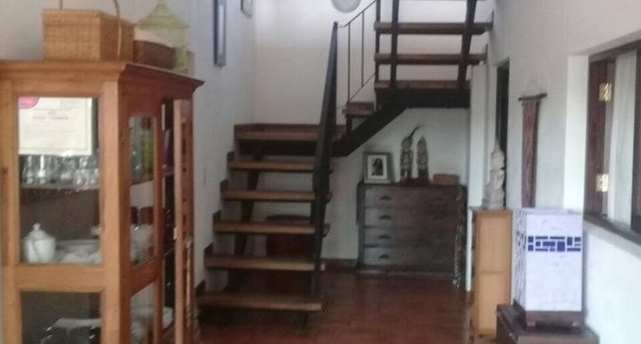 Casa Colibri Stairs
