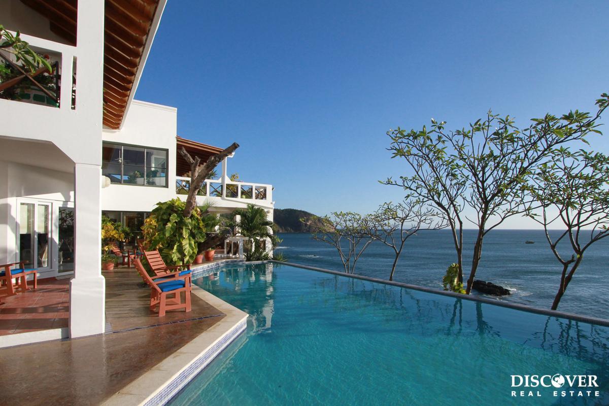 Casa Sacuanjoche – Private Impressive Ocean Front Estate in Pacific Marlin