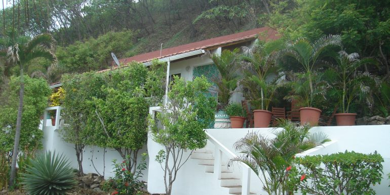 Casa Sacuanjoche Ocean Front Estate Garden