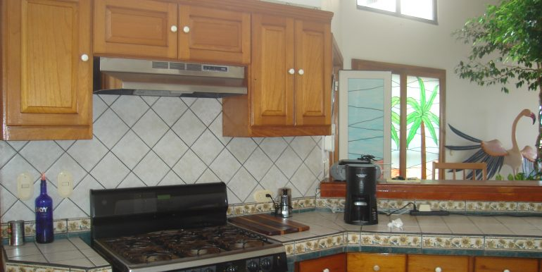 Casa Sacuanjoche Ocean Front Estate Kitchen