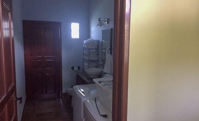 Casa Bacilon Laundry
