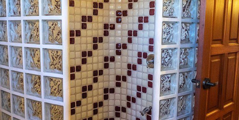 Estudio Rio Jaio Bathroom
