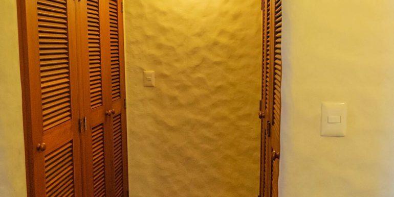 Estudio Rio Jaio Closet