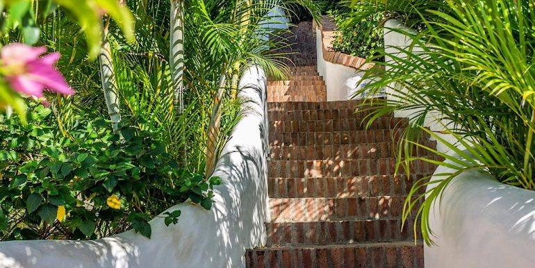 Estudio Rio Jaio Stairs