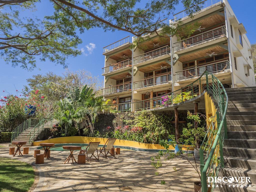 Talanguera Townhomes Garden Level Studio<span class=