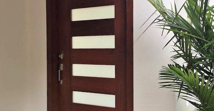 Wheelchair Accessible Villa Mare Door