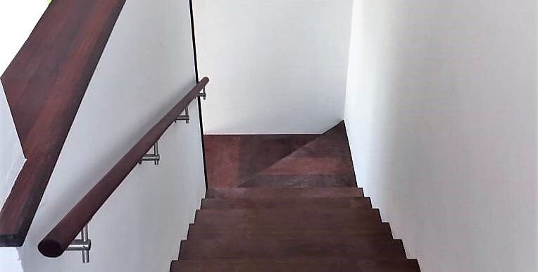 Wheelchair Accessible Villa Mare Stairs