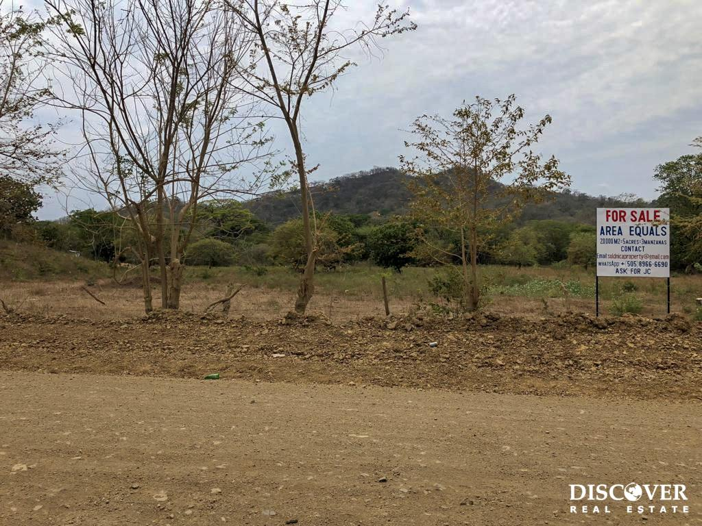 5 Acre Flat Lot For Sale on the Chocolata