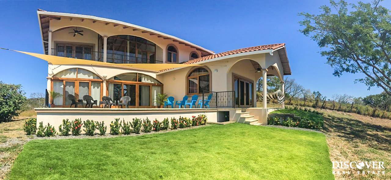 Casa Los Miradores – 4 Bedroom House for Rent<span class=