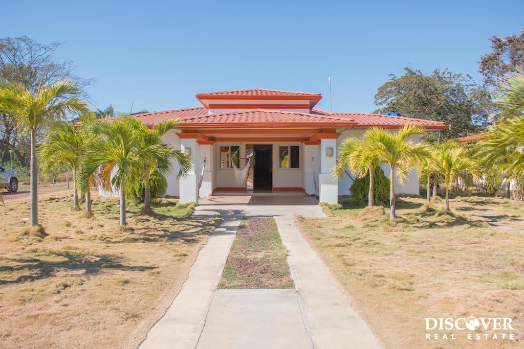 Spacious Las Delicias 3 Bedroom House for Rent 5 Minutes From Town<span class=