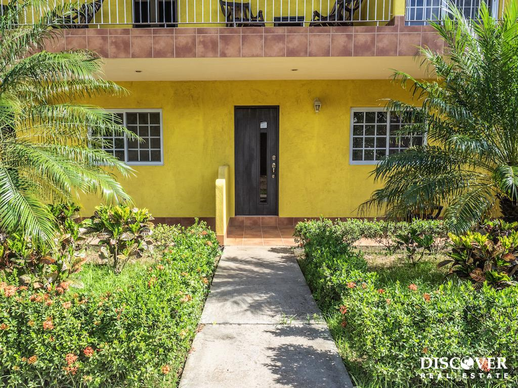 Las Escadas Studio Apartment for Rent Close to Town<span class=