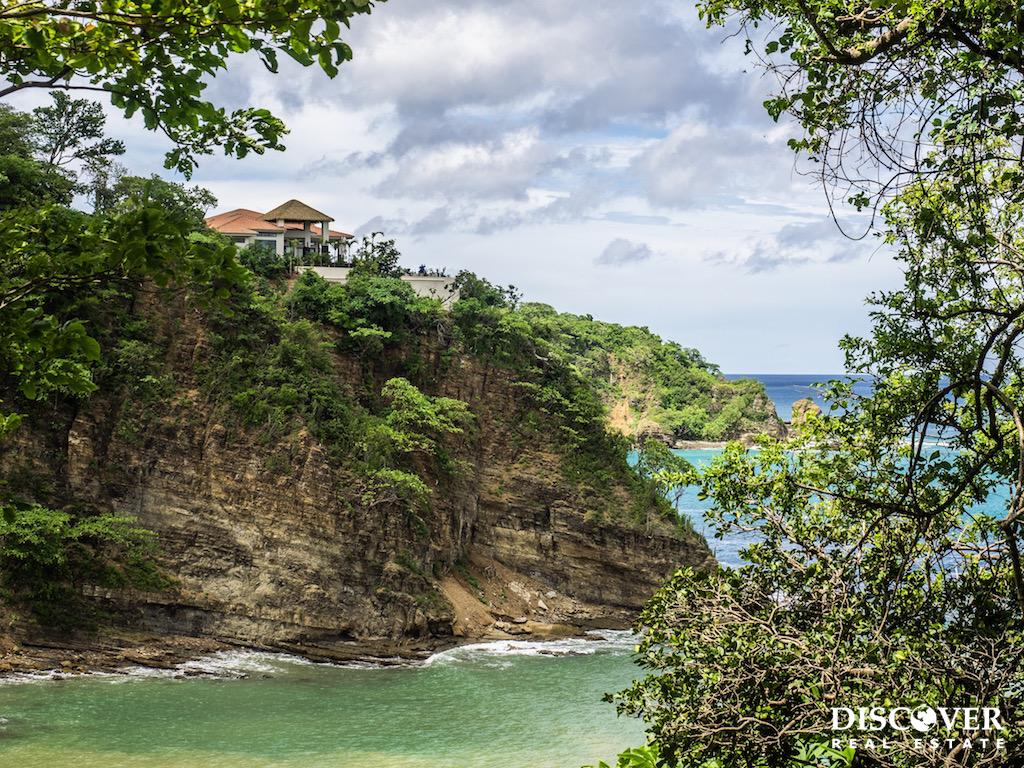 Cala Azul Lot 7 for Sale with Ocean Views and Access to a Private Beach<span class=
