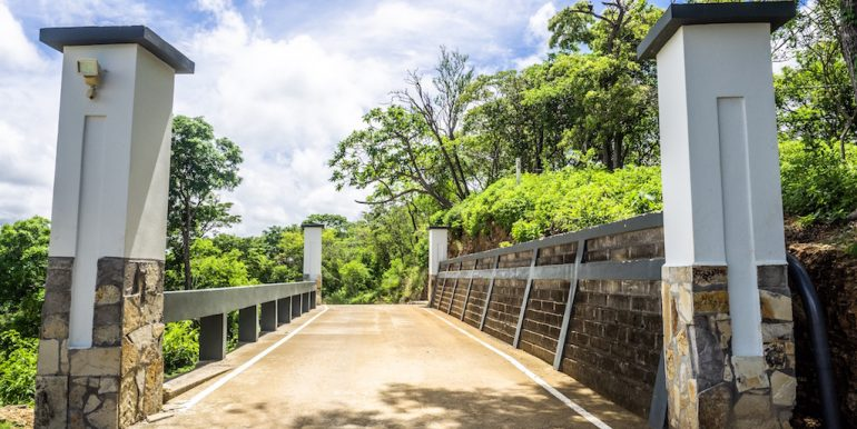Cala Azul Bridge