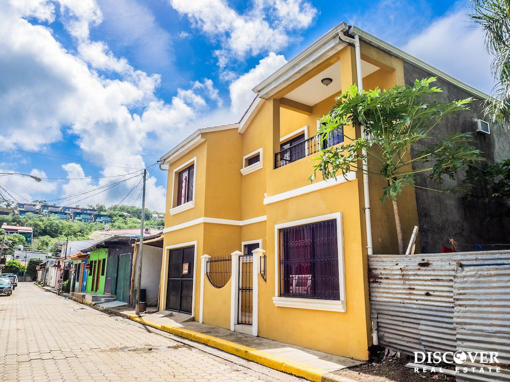 3 Bedroom Convenient Rental in the Center of San Juan del Sur<span class=