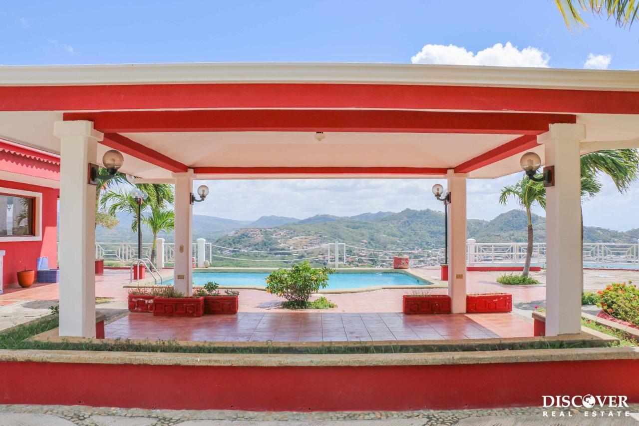 Custom Italian Villa in Pacific Marlin with Ocean Views