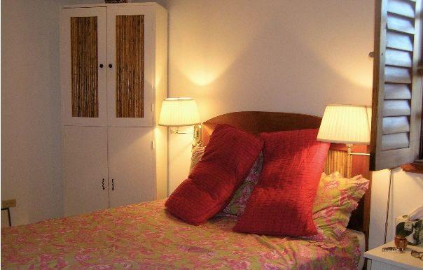 Casa Mariposa guest bedroom 2