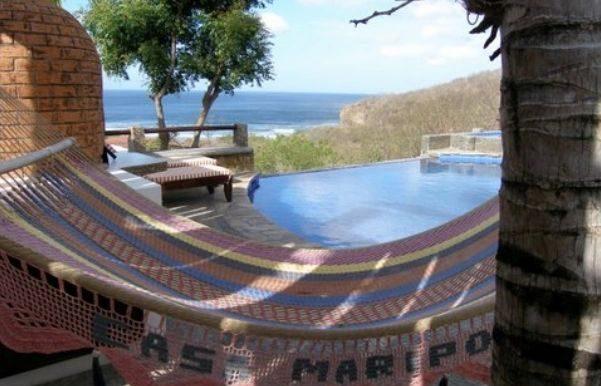 Casa Mariposa pool and hammock