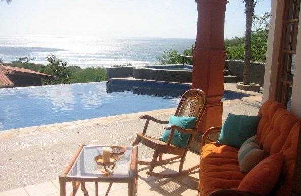 Casa Mariposa pool patio
