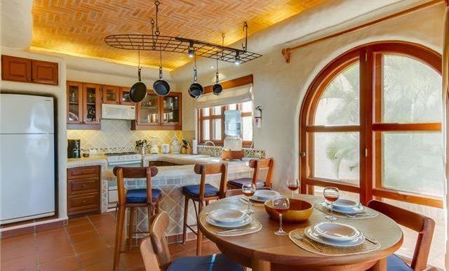 Studio Paz Dining & Kitchen