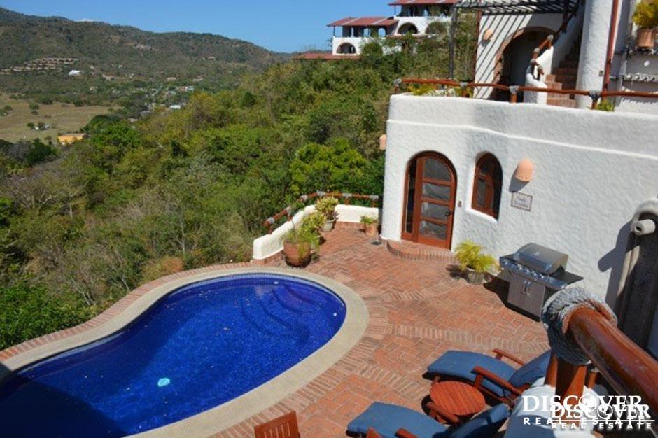 Casa Cooper – 8,000 ft² of Luxury in Pelican Eyes Resort<span class=
