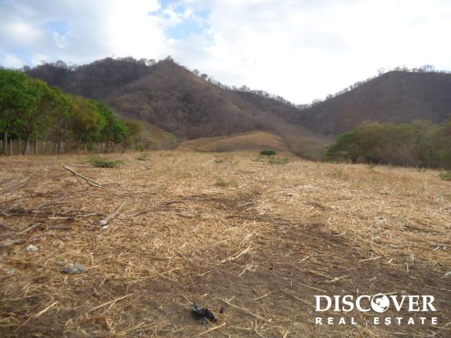 14 Acre Investment Property Close to Playa Remanso