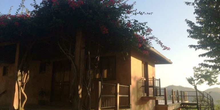 Lomas de Palermo Tuscan Style House