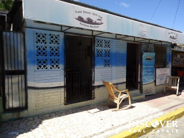 Perfect Commercial Space and Location In Town