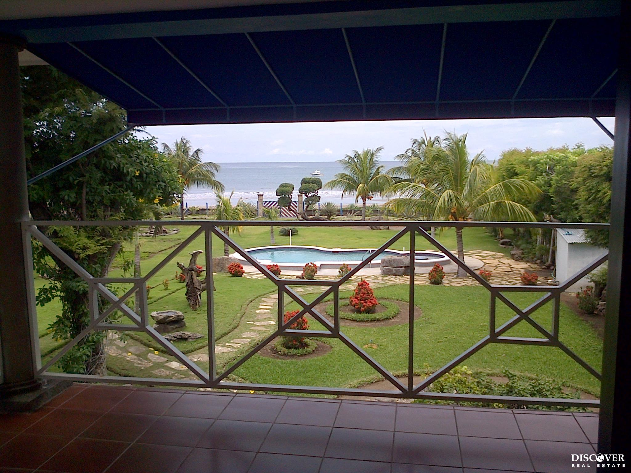 Villa Tamarindo Beach Front House in San Juan del Sur on Playa Marsella