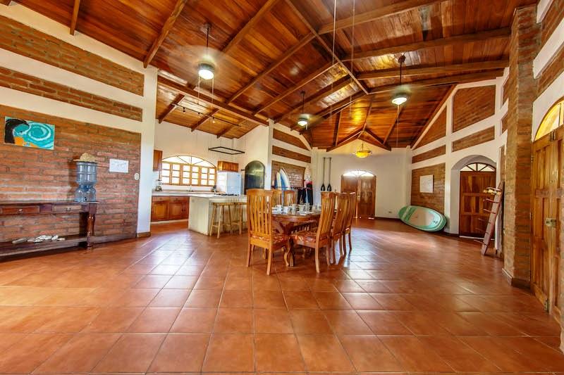 Casa Mango Kitchen & Dining Room