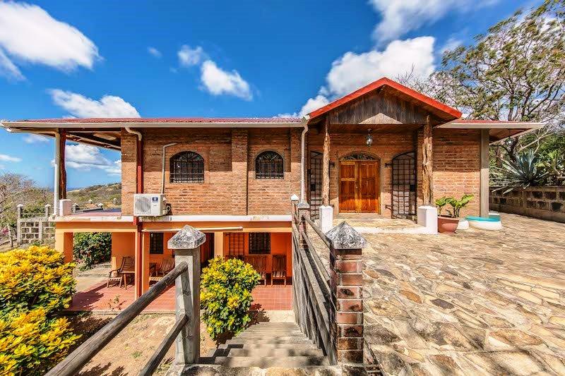 Casa Mango House