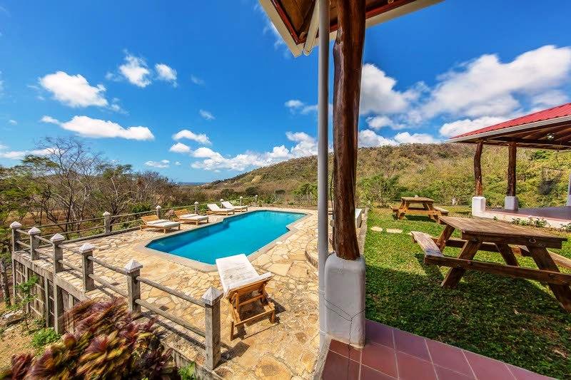 Casa Mango Pool & Yard