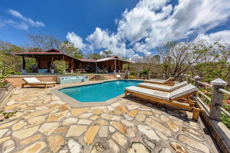Casa Mango Pool & House