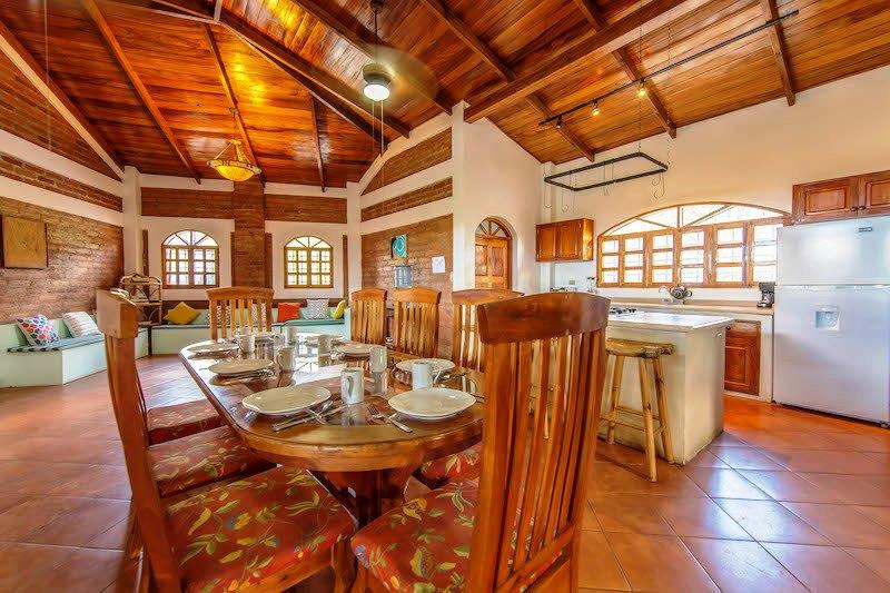 Casa Mango Kitchen & Dining Area