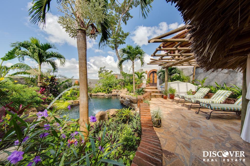 Villa Loma del Socorro – Luxury Boutique Bed and Breakfast For Sale