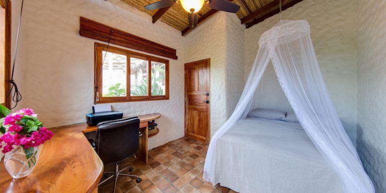 Villa Loma Botique Bed and Breakfast Bedroom