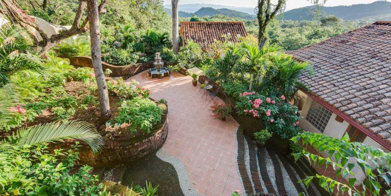 Villa Loma Botique Bed and Breakfast Garden