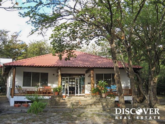 Casa Panama – Beachfront Home on Playa El Coco