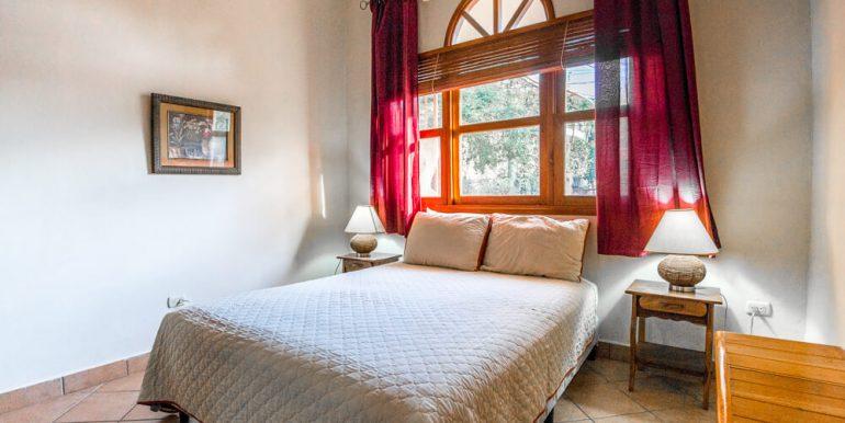 Melrose 1 Bedroom Condo at Park Avenue Villas