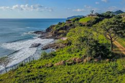 Remanso Secluded Ocean Front Lot